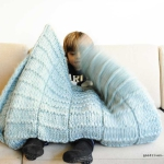 A new warm blanket with pattern to knit (#DIY)